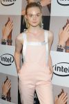 Celebrities Wonder 94035911_elle-fanning-opening-ceremony_4.jpg