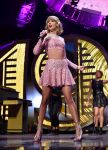 Celebrities Wonder 13726105_2014-iHeartMusic-Festival-taylor-swif_2.jpg