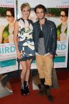 Celebrities Wonder 27387335_shailene-woodley-Premiere-White-Bird-in-a-Blizzard_3.jpg