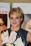 Celebrities Wonder 30112748_shailene-woodley-Premiere-White-Bird-in-a-Blizzard_4.jpg