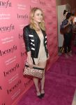 Celebrities Wonder 60768393_Benefit-Cosmetics-Kick-Off-National-Wing-Women-Weekend_Taylor Spreitler 2.jpg