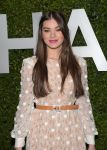 Celebrities Wonder 83391813_Claiborne-Swanson-Franks-Young-Hollywood-Book-Launch_Hailee Steinfeld 2.jpg