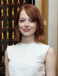 Celebrities Wonder 76079287_emma-stone-Birdman-Screening-NYC_4.jpg