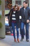 Celebrities Wonder 28525896_emma-stone-Cafe-Cluny_1.JPG