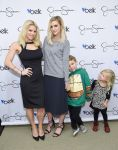 Celebrities Wonder 38853273_Jessica-Simpson-Collection-event_3.jpg