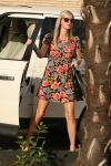 Celebrities Wonder 40343881_nicky-hilton-shopping_4.jpg