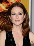 Celebrities Wonder 41915554_The-Hunger-Games-Mockingjay-Los-Anges_Julianne Moore 2.JPG