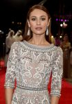 Celebrities Wonder 45361705_dubai-film-festival-opening-night_Olga Kurylenko 4.jpg