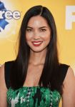 Celebrities Wonder 46387644_FOXs-Cause-For-Paws_Olivia Munn 2.jpg