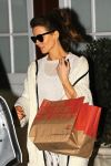 Celebrities Wonder 471588_kate-beckinsale-Brentwood-Country-Mart_5.jpg