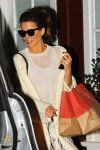 Celebrities Wonder 50153145_kate-beckinsale-Brentwood-Country-Mart_4.jpg