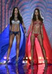 Celebrities Wonder 52621272_2014-Victorias-Secret-Fashion-Show-runway_Adriana Lima 2.jpg