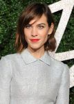 Celebrities Wonder 53414177_British-Fashion-Awards-2014_Alexa Chung 2.jpg