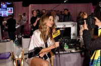 Celebrities Wonder 67769188_2014-Victorias-Secret-Fashion-Show-Hair-And-Makeup_Behati Prinsloo 1.jpg