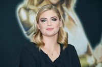 Celebrities Wonder 69212347_kate-upton-game-of-war_4.jpg