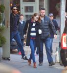 Celebrities Wonder 74075836_emma-stone-Cafe-Cluny_3.JPG
