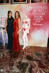 Celebrities Wonder 80705777_Adriana-Lima-Alessandra-Ambrosio-fantasy-bra_2.jpg