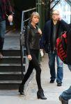 Celebrities Wonder 8877773_taylor-swift-leather-jacket_5.JPG