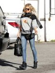 Celebrities Wonder 90569974_fergie-brentwood_3.jpg