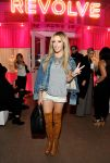 Celebrities Wonder 9934501_REVOLVE-Pop-Up-Launch-Party_1.jpg