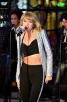 Celebrities Wonder 15483402_taylor-swift-New-Years-Eve-2015_4.jpg