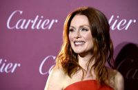 Celebrities Wonder 19556523_palm-springs-film-festival-awards-gala-2015_Julianne Moore 2.jpg