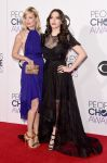Celebrities Wonder 27091229_kat-dennings-beth-behr-peoples-choice_2.jpg