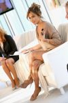 Celebrities Wonder 59453049_jennifer-lopez-bodylab_3.jpg