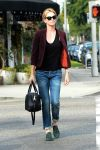 Celebrities Wonder 7869936_charlize-theron-lunch_2.jpg