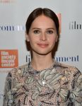 Celebrities Wonder 84680818_felicity-jones-2015-Film-Comment-Luncheon_3.jpg