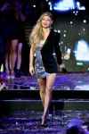 Celebrities Wonder 87453595_fergie-new-years-eve_4.jpg