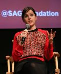 Celebrities Wonder 91661065_felicity-jones-sag-foundation_4.jpg