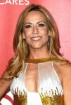 Celebrities Wonder 22068179_2015-MusiCares-Person-Of-The-Year-Gala_Sheryl Crow 2.jpg