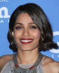 Celebrities Wonder 5460157_santa-barbara-film-festival-2015_Freida Pinto 2.JPG