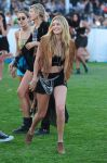 Celebrities Wonder 33258164_coachella-festival-2015_Gigi Hadid.jpg