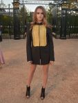 Celebrities Wonder 55053330_Burberry-London_Cara Delevingne 1.jpg