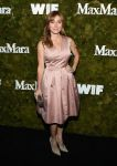 Celebrities Wonder 50982813_Max-Mara-Women-In-Film-Face-Of-The-Future-Award_Sasha Alexander.jpg