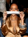 Celebrities Wonder 51870921_bet-awards_Rihanna 2.jpg