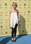 Celebrities Wonder 39989211_2015-Teen-Choice-Awards_Chelsea Kane.jpg