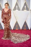 Celebrities Wonder 88845528_oscars-2016_Chrissy Teigen.jpg