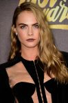 Celebrities Wonder 12009068_mtv-movie-awards_Cara Delevingne 2.jpg