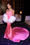 Celebrities Wonder 17289186_mtv-movie-awards_Ariana Grande.jpg
