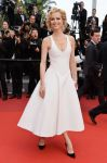 Celebrities Wonder 17677057_cannes_Eva-Herzigova.jpg