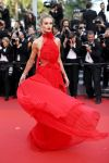 Celebrities Wonder 37721536_cannes_Behold-Rosie-Huntington-Whiteley.jpg