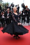 Celebrities Wonder 42464973_cannes_Helen-Mirren.jpg