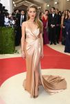 Celebrities Wonder 90134641_met-gala-2016_Amber Heard.jpg