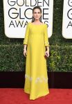 Celebrities Wonder 25531273_2017-golden-globe_Natalie Portman - Prada.jpg