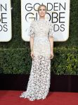 Celebrities Wonder 55420305_2017-golden-globe_Kristen Wiig - Reem Acra.jpg