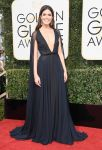 Celebrities Wonder 88725857_2017-golden-globe_Mandy Moore - Naeem Khan.jpg